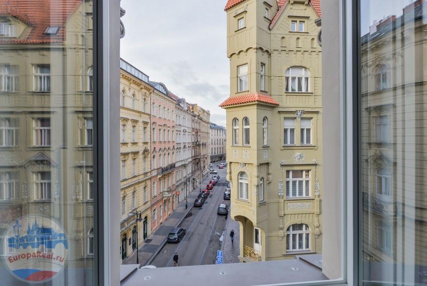 449050-resize_byt-4-kk-valentinska-stare-mesto-praha-1