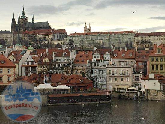 view-of-mala-strana-from